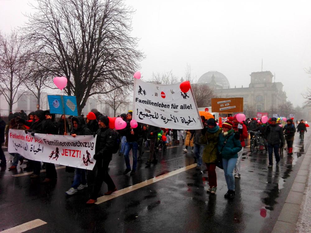 Fotos von der Demo für Familiennachzug und Grundrechte am 02.02. in Berlin