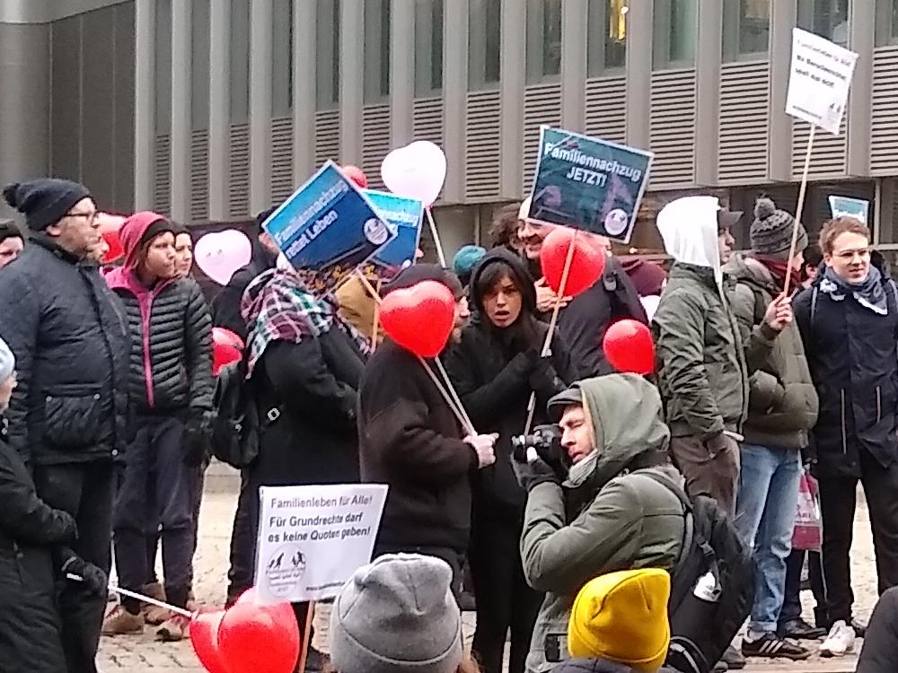 02.02.2019 Berlin: Auftaktkundgebung der Demonstration für Familiennachzug und Grundrechte für Alle